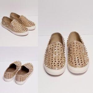 Shoes - Spike Flats